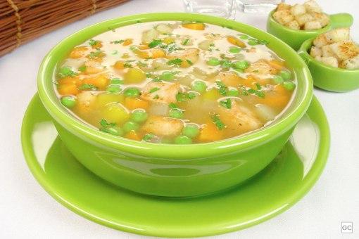 sopa-de-frango-com-legumes