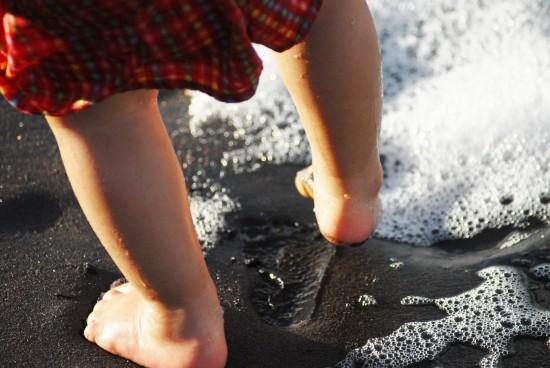 Benefícios-de-andar-descalço1-e1457642201432